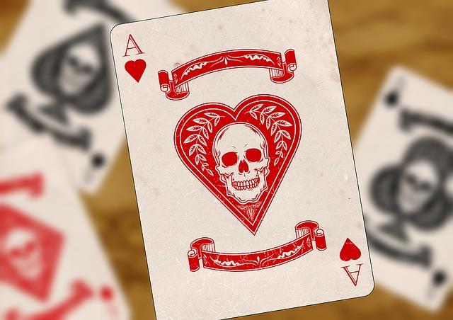 でてほしくない髑髏のカード Photo By Pixabay
